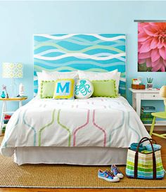 Beachy Ocean Theme Headboard Ideas: http://www.completely-coastal.com/2015/02/diy-coastal-upholstered-headboards.html