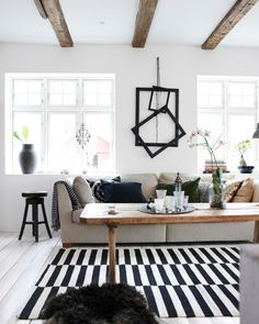 Carpet IKEA Stockholm and nomination Ikea Inspiration, Living Room Inspiration, Interior Inspiration, Ikea Stockholm, Living Room Carpet, Home Living Room, Tapis Design, Carpet Design, How To Clean Carpet