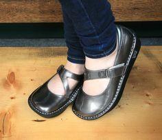 Alegria Dayna Chrome Patent - $69 | Alegria Shoe Shop