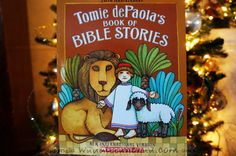Tomie dePaola's Book of Bible Stories another great Book GIVEAWAY from waddleeahchaa.com