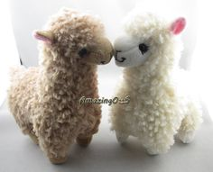 2pcs Adoreable Camel Alpaca Plush Toy Off White Llama Stuffed Animal Doll for Kids Baby 23cm High TY001-2PCS