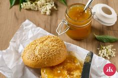 Hamburger, Bread, Chicken, Ethnic Recipes, Food, Hamburgers, Brot, Eten, Breads