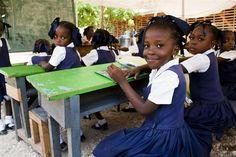 UNICEF y UNESCO denuncian que 63 millones de adolescentes no pueden ejercer su derecho a la educación