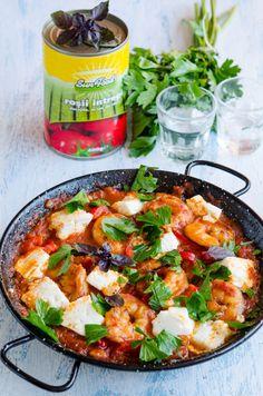 Creveti saganaki - Din secretele bucătăriei chinezești Mango Avocado Salsa, Natur House, Kuching, Shrimp Pasta Recipes, Paella, Thai Red Curry, Healthy Recipes, Healthy Food, Ethnic Recipes