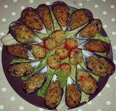 Cozze gratinate Zucchini, Vegetables, Food, Summer Squash, Meal, Eten, Vegetable Recipes, Meals, Veggies
