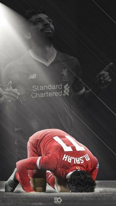 Want to experience the best skills by Mohamed Salah that will blow ur mind. Come experience the best entertaining Freekicks runs from EA sports FIFA 19 that . Football Liverpool, Art Football, Liverpool Players, Fc Liverpool, Football Love, College Football, M Salah, Muhammed Salah, Liverpool Fc Wallpaper