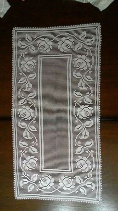 This Pin Was Discovered By Crochet Embellishments, Crochet Doily Patterns, Crochet Designs, Crochet Doilies, Crochet Flowers, Crochet Lace, Crochet Table Runner, Crochet Tablecloth, Unique Gifts For Mom