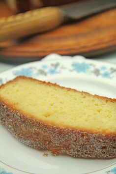 Lemon Loaf Cake - repinned from Vanessa Evergreen's Food & Drinks board