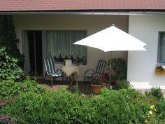A casa. Patio, Outdoor Decor, Home Decor, Garden, Houses, Photos, Terrace, Interior Design, Home Interior Design