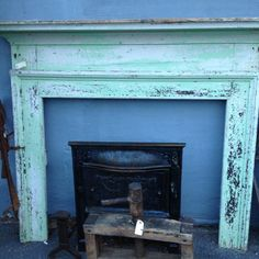Distressed mantle, I love the color!