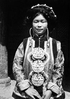 1939云南纳西贵族    摄影:庄学本