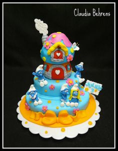 My awesome sister Tammie will make this cake for my next birthday! Fancy Cakes, Cute Cakes, Fondant Cakes, Cupcake Cakes, Baby Girl Cakes, Character Cakes, Novelty Cakes, Birthday Cake Girls, Love Cake