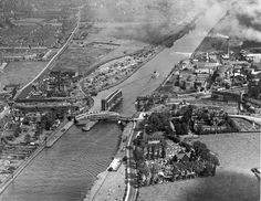 Aerial view Barton swing bridge and Aqueduct. Bridgewater Canal, Salford, Past Life, Aerial View, Manchester, Paris Skyline, City Photo, Nostalgia, Ship