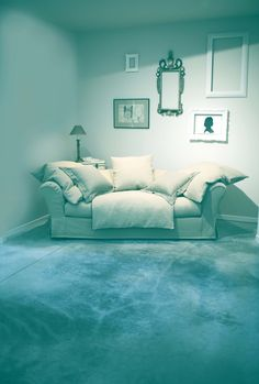 Sofa SOFT: linen and cotton are the favourite materials but on request more elegant fabrics, such as silk, can be used