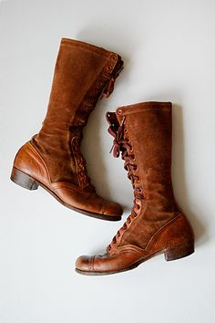 vintage boots | leather boots | vintage 1930s lace up knee high leather boots #leatherboots #boots