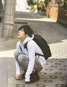 Listen to every Arashi track @ Iomoio Ninomiya Kazunari, Chiba, Japan Art, Cute Guys, My Boys, Male Models, Sexy, Idol, Handsome