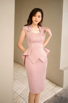 Simple Dresses, Elegant Dresses, Casual Dresses, Short Dresses, Office Dresses For Women, Clothes For Women, Dresses For Work, Classy Work Outfits, Classy Dress
