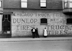 Chicago Truck and Tire, 1941, Chicago. Edwin Rosskam.