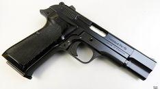 Cartouches, Cool Guns, Guns And Ammo, Browning, Firearms, Hand Guns, Weapons, Shotguns, Guns