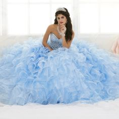 Ball Gown Dresses, 15 Dresses, Flower Girl Dresses, Quinceanera Dresses, Quinceanera Ideas, Photomontage, Quinceanera Collection, Robes D'occasion, Montage Photo