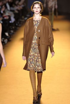 Rochas | Fall 2012 Ready-to-Wear Collection | Style.com