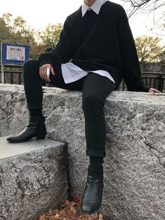 Image about fashion in M E N S T Y L E by Q outfits Preppy outfits With Boots outfits Night outfits Streetwear outfits summer Grunge Outfits, Edgy Outfits, Mode Outfits, Fashion Outfits, Boy Fashion, Preppy Outfits, Winter Fashion, Fashion Guide, Basic Outfits