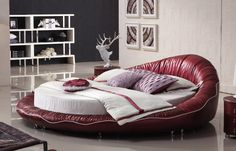 Round King Size Bed in Red Leather, Complete with Mattress SD2373