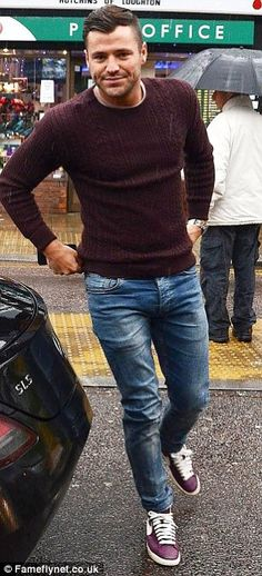 Sweaters and such Mark Wright, New Mens Fashion, Look Fashion, Fashion Ideas, Gq Style, Famous Men, Casual Street Style, Men Looks, Leggings Fashion