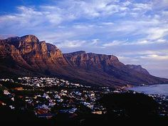 Cape Town's setting is one of the world's most stunning. Cape Town, Travel Guides, South Africa, Scenery, To Go, Places To Visit, Study, Spaces, World