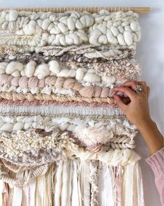 macrame/macrame anleitung+macrame diy/macrame wall hanging/macrame plant hanger/macrame knots+macrame schlüsselanhänger+macrame blumenampel+TWOME I Macrame & Natural Dyer Maker & Educator/MangoAndMore macrame studio Weaving Textiles, Weaving Art, Tapestry Weaving, Loom Weaving, Hanging Tapestry, Hand Weaving, Wall Tapestry, Diy Macrame Wall Hanging, Weaving Wall Hanging