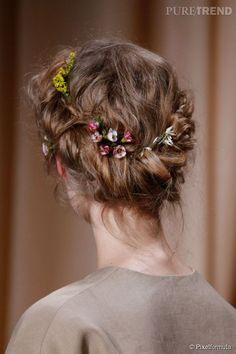 Les 39 Meilleures Images Du Tableau Coiffures Mariage Cheveux Courts