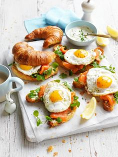 A Delicious Egg & Trout Croissant Recipe For A Cafe-Style Brunch At Home In the mood for a fancy brunch at home come the weekend? Look no further than this delicious egg and trout croissant recipe. Breakfast Platter, Breakfast And Brunch, Brunch Cafe, Breakfast Meals, Healthy Breakfast Recipes, Brunch Recipes, Healthy Recipes, Croissant Recipe, Croissant Sandwich