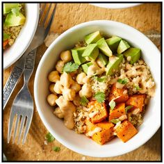 This easy grain bowl has so much to love--sweet potatoes, protein-packed chickpeas, creamy avocado and homemade tahini dressing. Make the full recipe on the weekend and pack into individual serving containers for ready-to-go lunches for work all week. Vegan Lunch Recipes, Vegan Lunches, Healthy Recipes, Healthy Snacks, Vegetarian Lunch, Lunch Foods, Work Lunches, Chickpea Recipes, Lunch Ideas Vegan