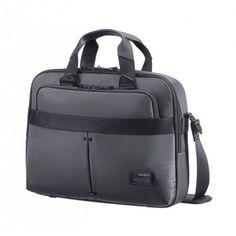 Deze #Cityvibe #Slim #Bailhandle #laptoptas van het merk #Samsonite, is een combinatie van casual en zakelijk. De tas bestaat uit een zachte nylonconstructie met details van zwart metaal. De tas kunt u gebruiken op #kantoor, in uw vrije tijd en tijdens het #reizen.