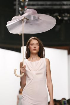 Chalayan Ready To Wear Spring Summer 2014 Paris - NOWFASHION