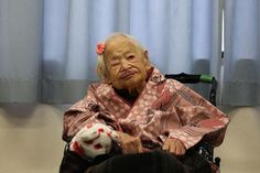 Meet the oldest woman in the world – See how old she is ( Photo)