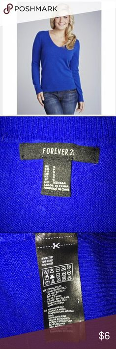 Forever 21 Cobalt Fuzzy Sweater / S Forever 21 cobalt blue fuzzy v-neck sweater in a good preloved condition size small. Forever 21 Sweaters V-Necks