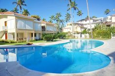 Hotel Affordable Villas Los Corales Beach Bavaro Set on a private area of Los Corales Beach, Hotel Affordable Villas Los Corales offers air-conditioned villas with well-equipped kitchenettes. The complex features private beach, outdoor pools, tropical gardens, a spa and a gym.
