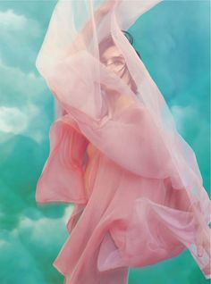 """stormtrooperfashion: Janice Alida in """"Play To The Gallery"""" by Tom Allen for Harper's Bazaar UK, March 2014 Posted on Mar 8 / 354 . Pastell Fashion, Pink Fashion, Runway Fashion, Editorial Photography, Portrait Photography, Fashion Photography, Travel Photography, Foto Glamour, Foto Fantasy"""