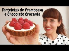 Tarteletes de framboesa e chocolate crocante - YouTube Chocolate, Raspberry, Fruit, Desserts, Youtube, Blackberry Recipes, Wafer Cookies, Sweets, Raspberries