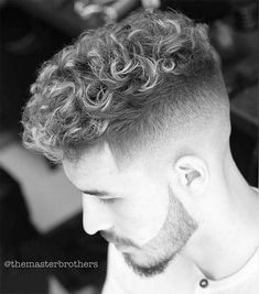 Best 44 Quiff Haircuts For Men 2019 [Top Styles Covered] Quiff Haircut, Crop Haircut, Quiff Hairstyles, Trendy Haircuts, Haircuts For Men, Men's Haircuts, Curly Hair Men, Curly Hair Styles, Curly Crop