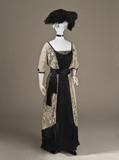 Callot Sœurs   Woman's Dress, 1910-1915 <---Ivory and Black, *swoon*