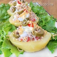 Receta de patatas rellenas frías With this recipe you can prepare a rich and colorful entree with very simple ingredients. Here you have many ideas for different and original fillings. Nut Recipes, Dairy Free Recipes, Potato Recipes, Mexican Food Recipes, Cooking Recipes, Healthy Recipes, Tapas, Salade Healthy, Good Food