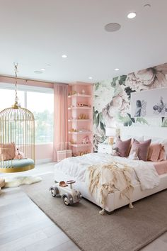 Home Decor Living Room Mr. Kate - Dream Butterfly Bedroom & Rainbow Playroom for Elle and Alaia.Home Decor Living Room Mr. Kate - Dream Butterfly Bedroom & Rainbow Playroom for Elle and Alaia Cute Bedroom Ideas, Girl Bedroom Decor, Dream Rooms, Bedroom Decor, Stylish Bedroom, Home Room Design, Room Ideas Bedroom, Bedroom Interior, Butterfly Bedroom