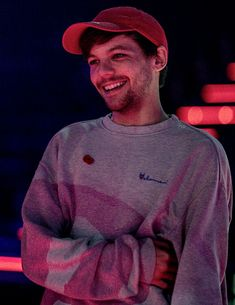 "louis-tomlinson:""TXF Rehearsals""You can find Louis tomlinson and more on our website. Zayn Malik, Niall Horan, One Direction Louis, Grupo One Direction, Nicole Scherzinger, Louis Y Harry, Louis Tomlinsom, Liam Payne, Rebecca Ferguson"