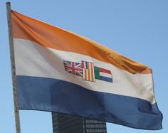 Old South African flag South African Flag, South African Air Force, African Flags, Africa Symbol, Defence Force, Pretoria, Flags Of The World, National Flag, Historical Pictures