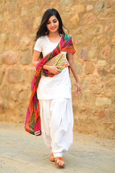 plain white #salwaar #kameez suit, with colorful dupatta stole