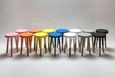 Как сделать мебель модной, окунув ее в краску