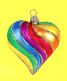 A Rainbow heart ornament Rainbow Art, Rainbow Colors, Vibrant Colors, Rainbow Magic, Colorful, Taste The Rainbow, Over The Rainbow, Rainbow Connection, I Love Heart