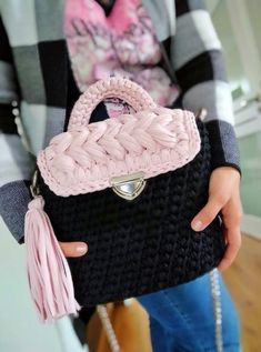 Black crochet marshmallow crossbody bag for woman Crochet Handles, Shape And Form, Color Show, Bag Making, Crossbody Bag, Trending Outfits, Unique Jewelry, Handmade Gifts, Cotton